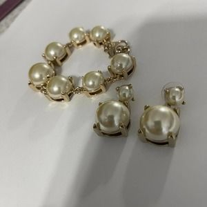 Banana Republic signed bracelet earrings set jewelry faux pearl and gold tone